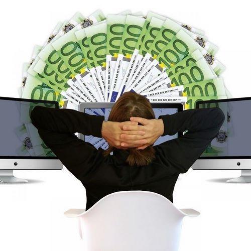 bet online 2 Copy - کسب درامد از شرط بندی آنلاین در سایت های معتبر ایرانی چقدر می باشد ؟
